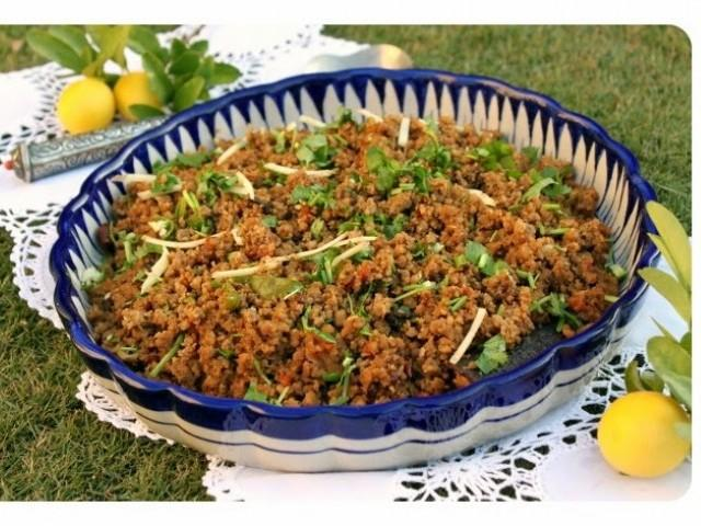 Appeasing the meat-eater in you with this Pakistani styled stir-fried spicy minced meat
