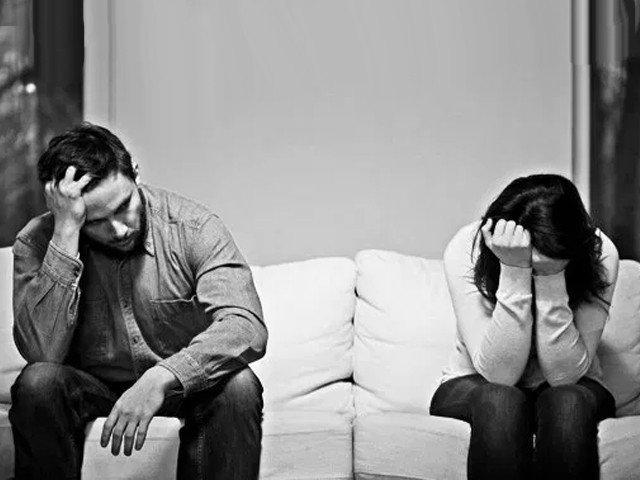 #TherapistDiaries: Physical, emotional or cyber, cheating is cheating