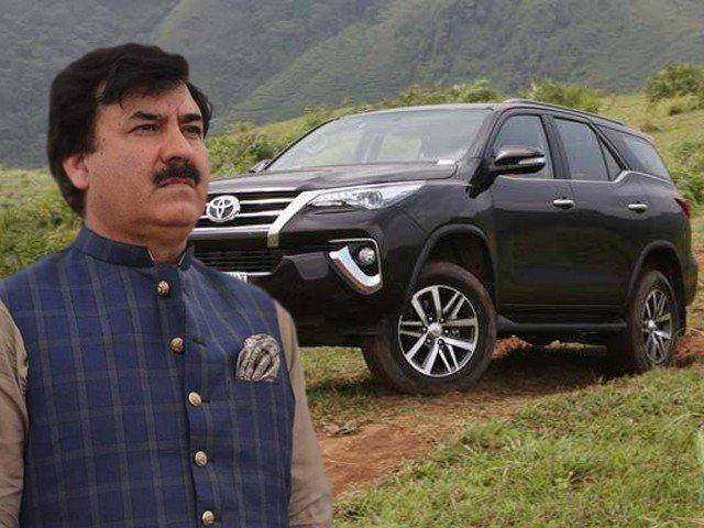 While the masses suffer under austerity, PTI's Shaukat Yousafzai enjoys his new Rs8mn car