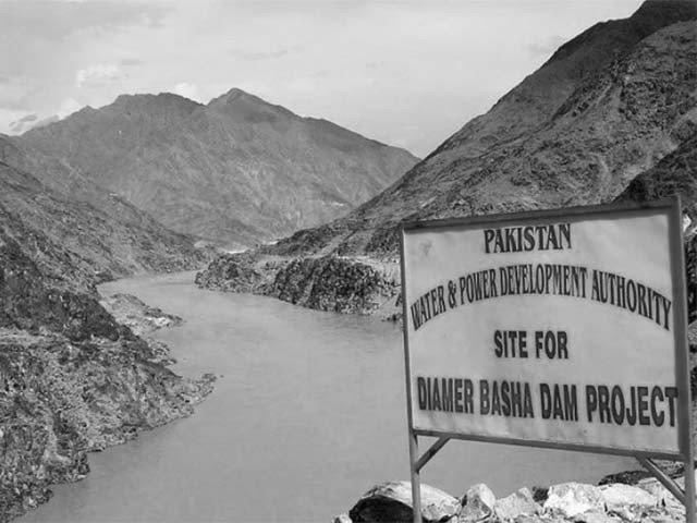 Can the Indus Delta be saved by the construction of Diamer-Bhasha dam?