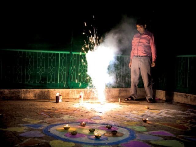 Diwali in Pakistan, through pictures